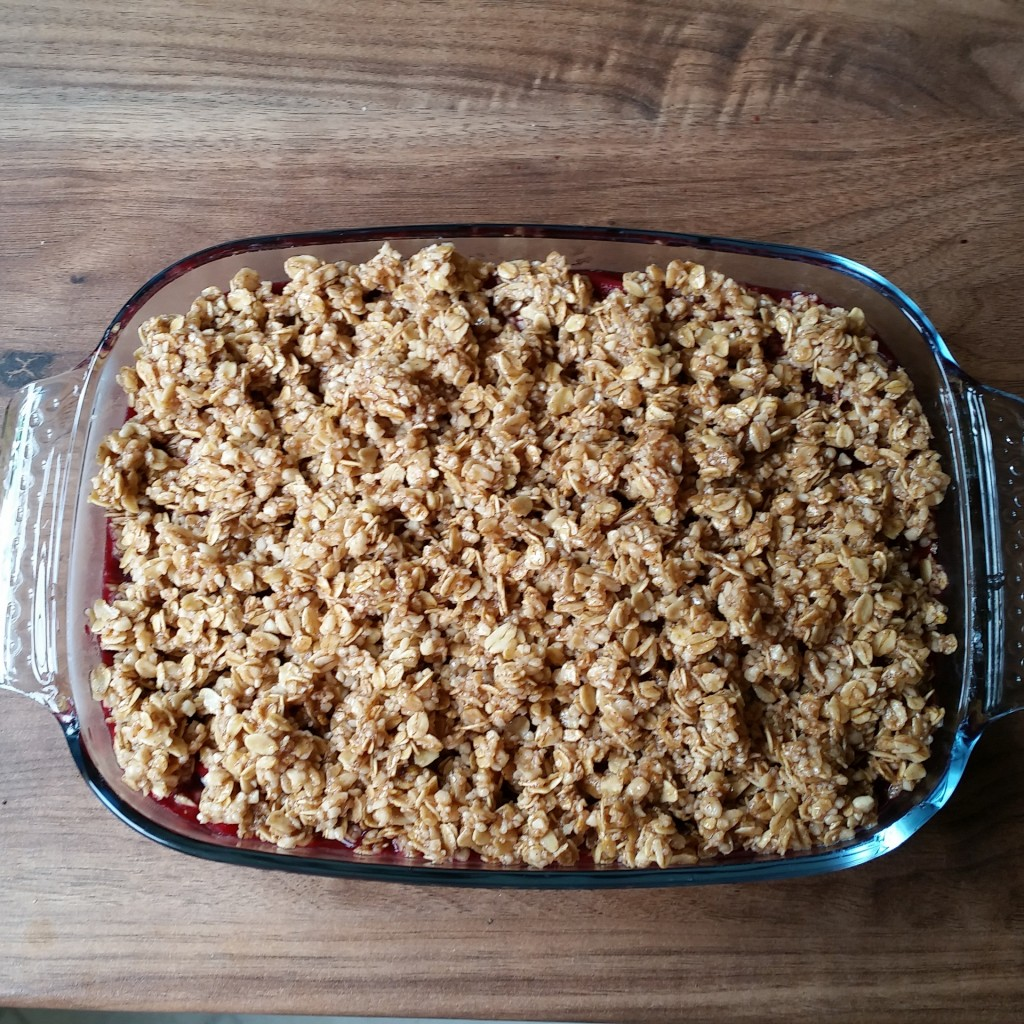 Deliciously Ella apple and blackberry crumble