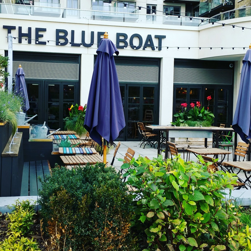 The Blue Boat, Thames Path