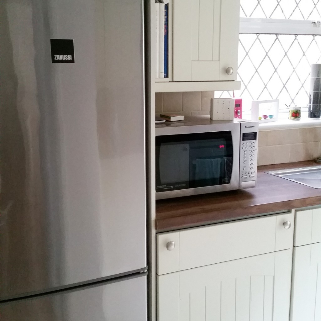 kitchenglimpse2