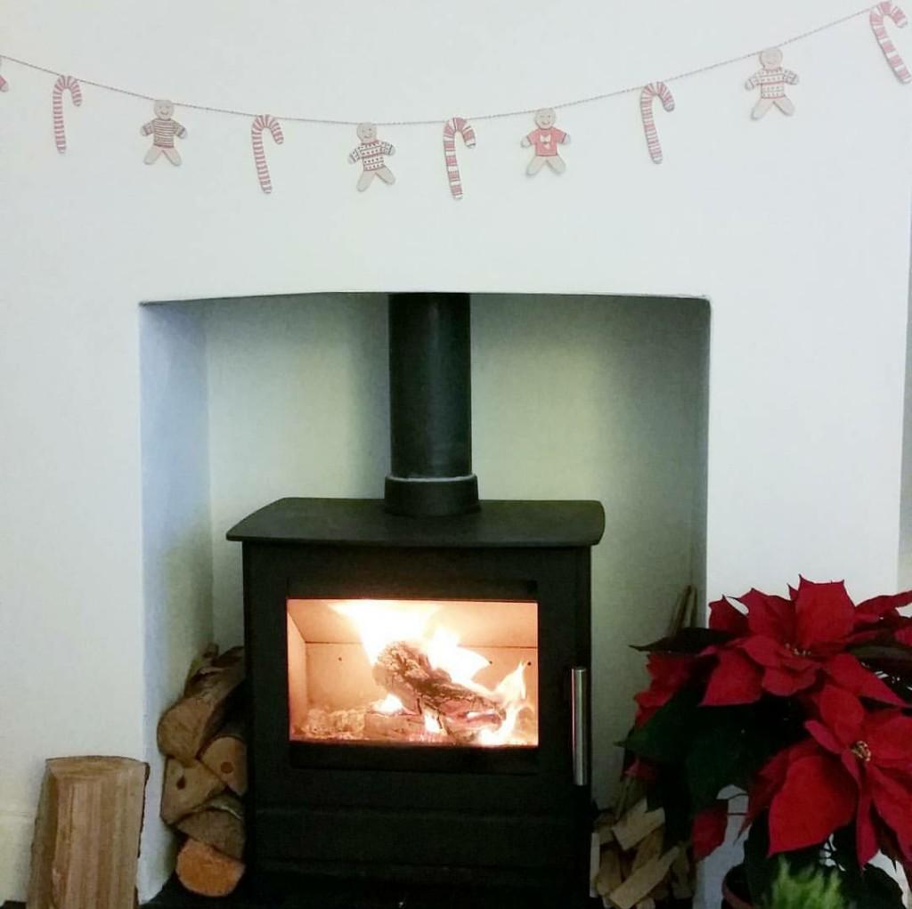 relaxedchristmasfestivefire