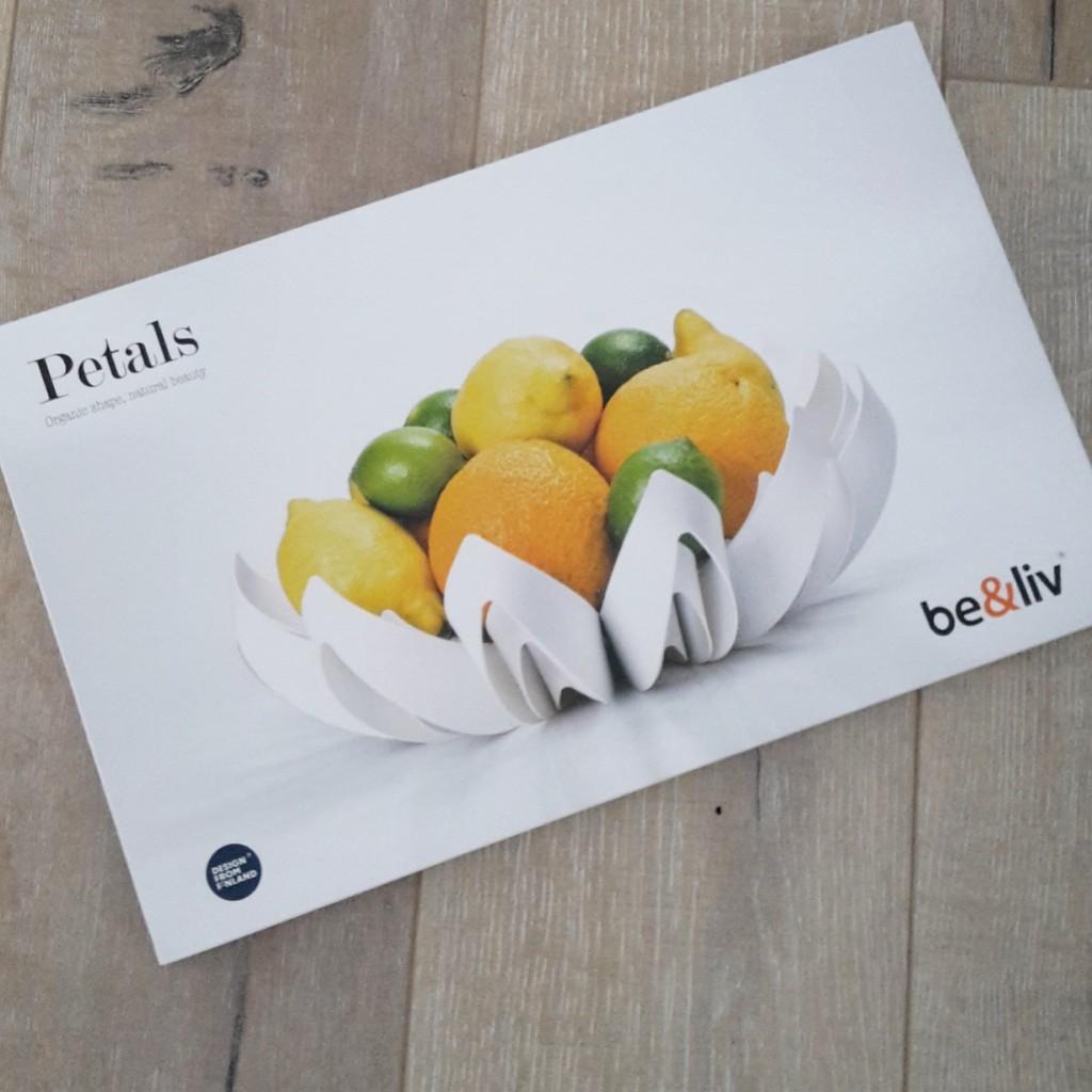 Petalsfruitbowl