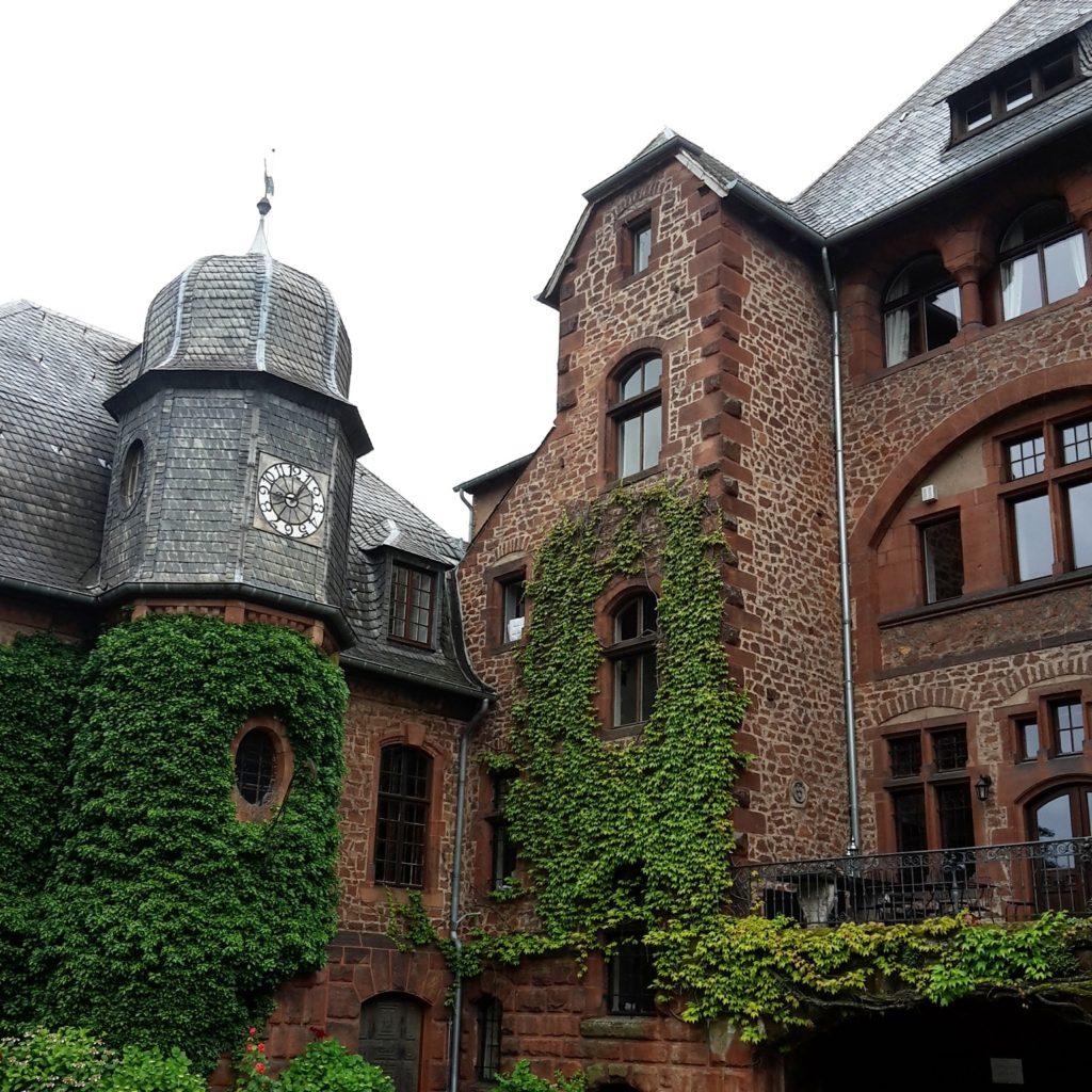 SchlossSaareck