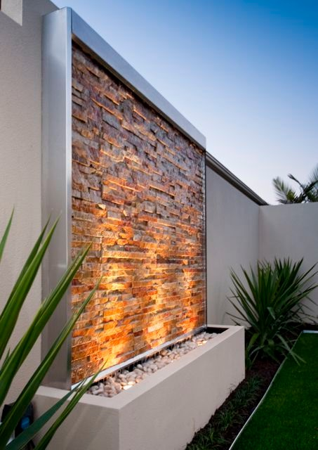 feature wall garden light