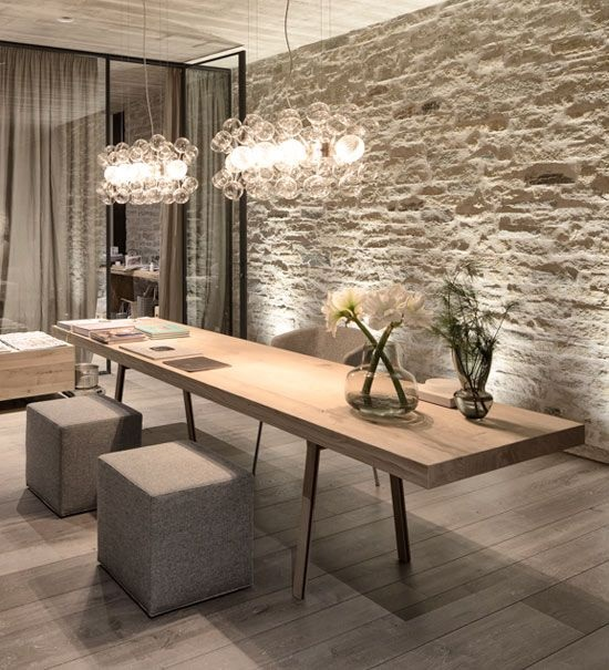 feature wall dining area