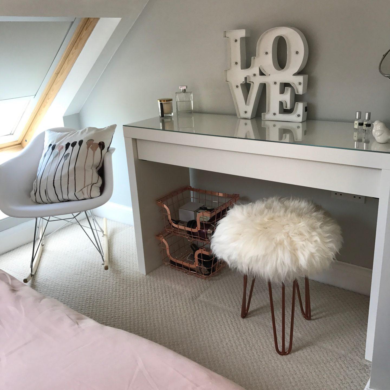 Dressing Table Master Bedroom