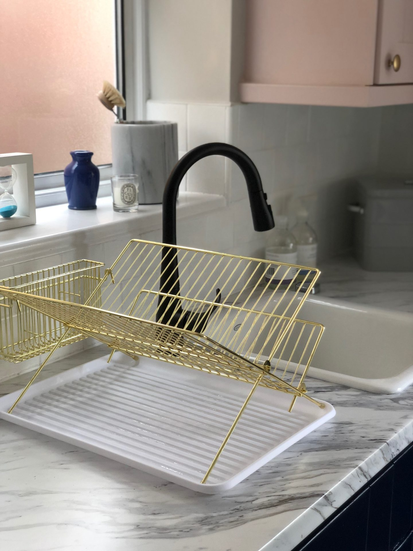 Red Candy Draining Rack