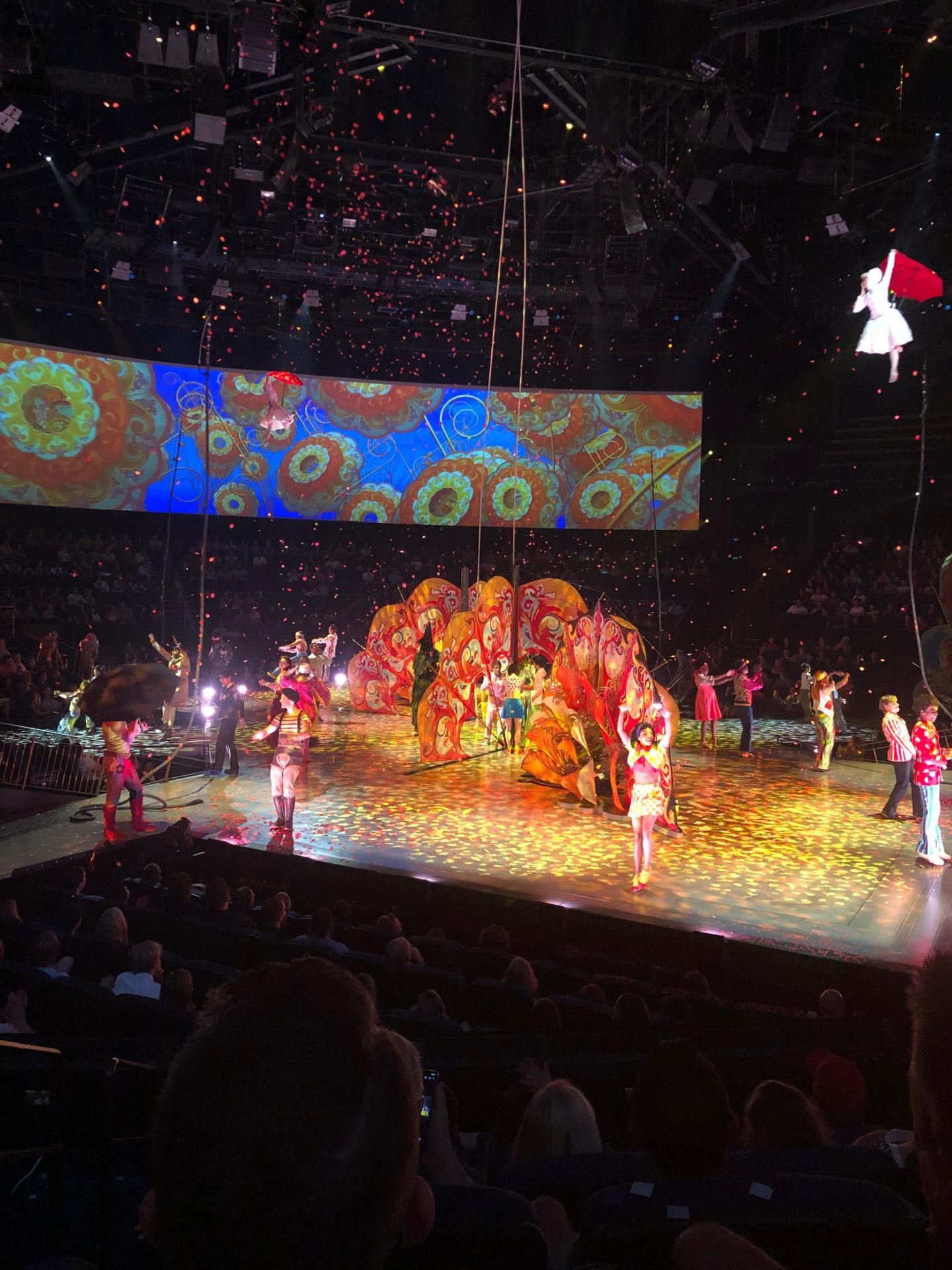 Cirque du Soeil Love